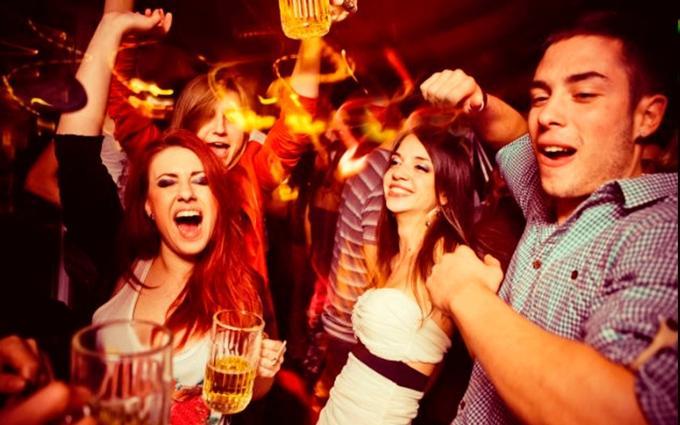 viernes quincena plan fiesta