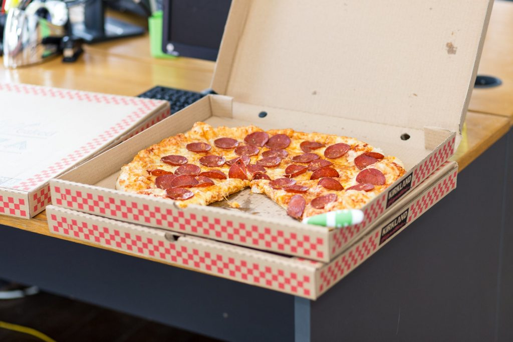 Pizzería pizza caja