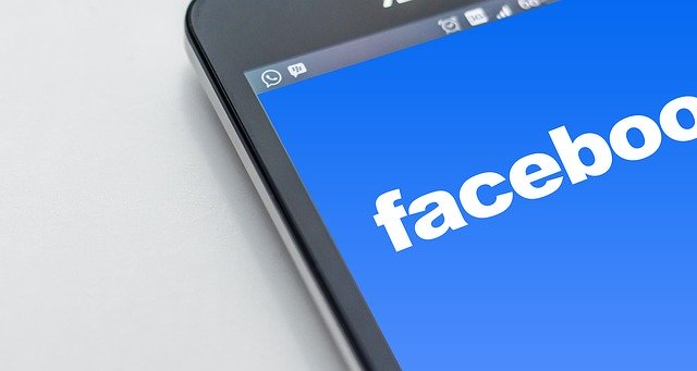 utiliza facebook