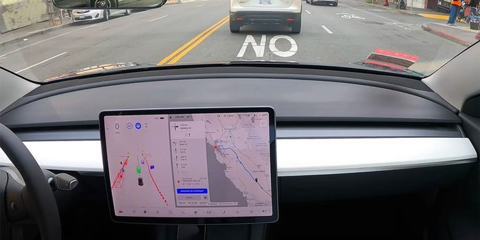 un auto Tesla